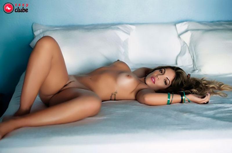 Fotos da ex BBB Anamara nua na revista sexy clube