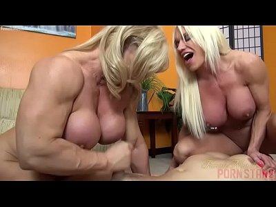Mulheres musculosas gostoss punhetando pau do amigo