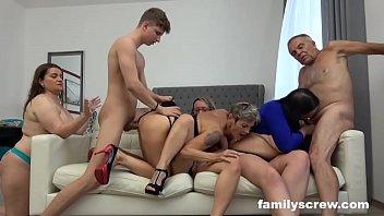 Aquele porno doido com orgia louca